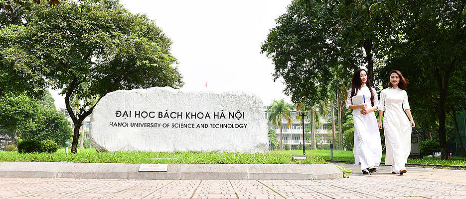 Auf dem Campus der Hanoi University of Science and Technology.